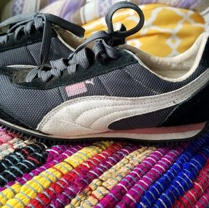 Cool Puma sneakers in very good condition